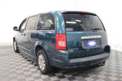 2009 Chrysler Town and Country Wheelchair Van For Sale -- Thumb #29