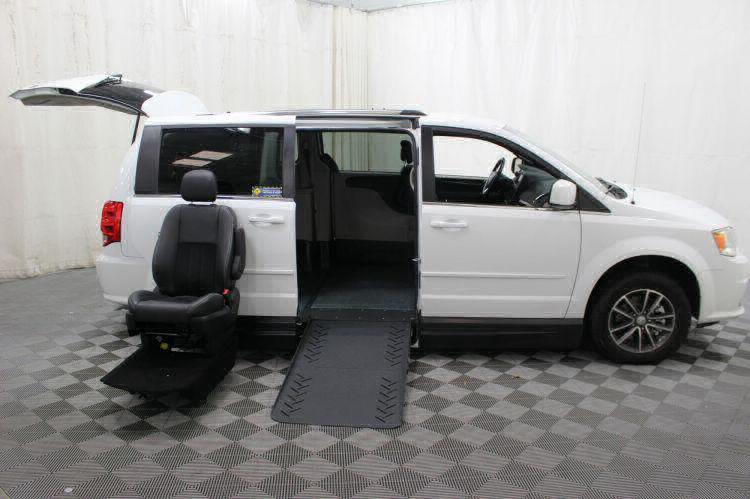 2017 Dodge Grand Caravan SXT Wheelchair Van For Sale #10