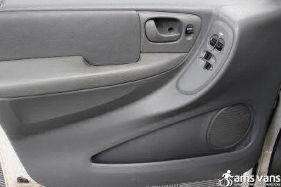 2006 Dodge Grand Caravan Wheelchair Van For Sale -- Thumb #10