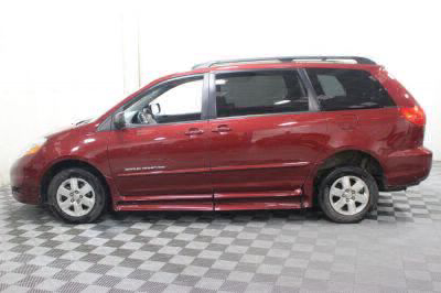 2010 Toyota Sienna Wheelchair Van For Sale -- Thumb #19