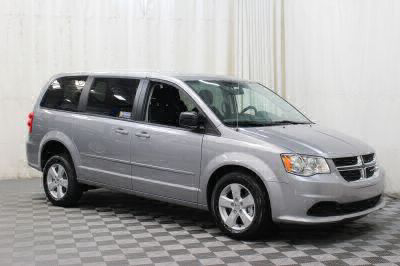 Commercial Wheelchair Vans for Sale - 2017 Dodge Grand Caravan SE ADA Compliant Vehicle VIN: 2C4RDGBG9HR860172