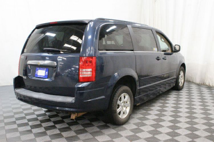 2008 Chrysler Town and Country Touring Wheelchair Van For Sale #15
