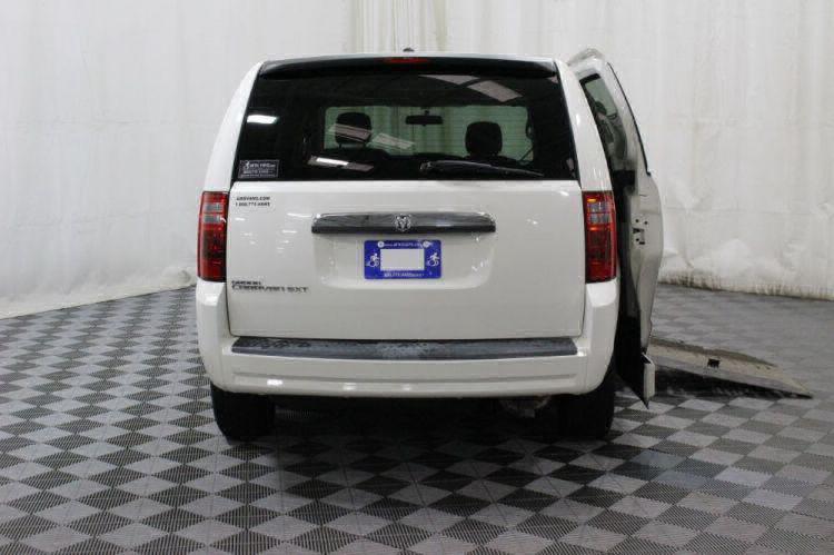 2008 Dodge Grand Caravan SXT Wheelchair Van For Sale #4