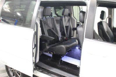2017 Dodge Grand Caravan Wheelchair Van For Sale -- Thumb #12