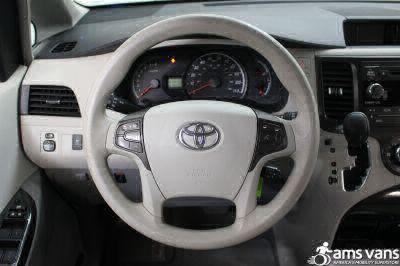 2013 Toyota Sienna Wheelchair Van For Sale -- Thumb #17