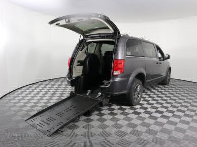 Used Wheelchair Van for Sale - 2017 Dodge Grand Caravan SXT Wheelchair Accessible Van VIN: 2C4RDGCGXHR546299