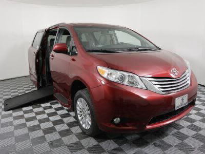 Used Wheelchair Van for Sale - 2016 Toyota Sienna XLE 8-Passenger Wheelchair Accessible Van VIN: 5TDYK3DC3GS702923