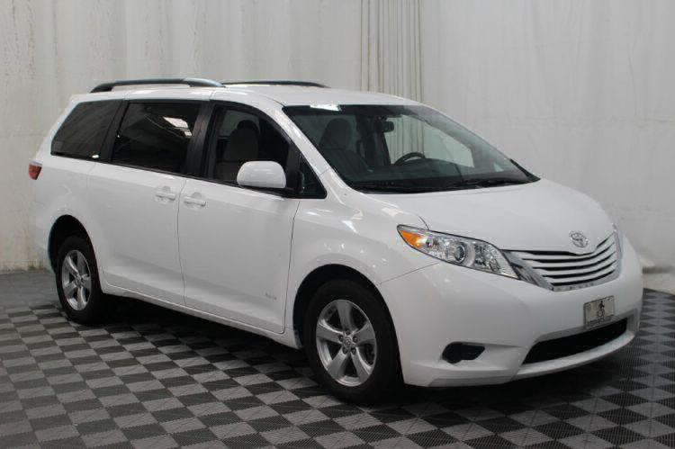 2015 Toyota Sienna LE Wheelchair Van For Sale #27