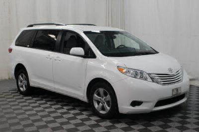 2015 Toyota Sienna Wheelchair Van For Sale -- Thumb #27