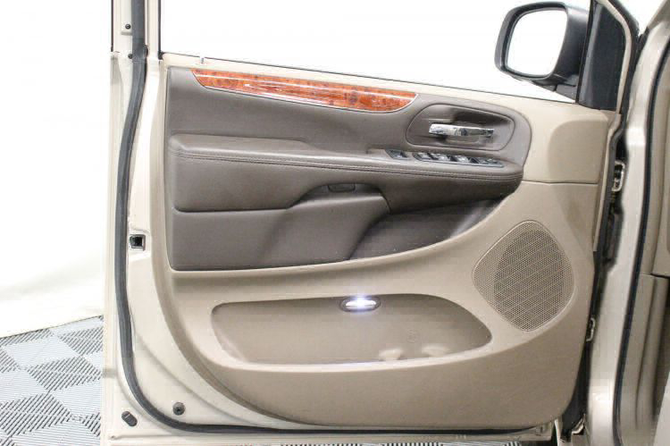 2014 Chrysler Town and Country Touring-L Wheelchair Van For Sale #8