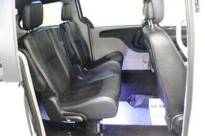 Commercial Wheelchair Vans for Sale - 2017 Dodge Grand Caravan SXT ADA Compliant Vehicle VIN: 2C4RDGCG8HR853003