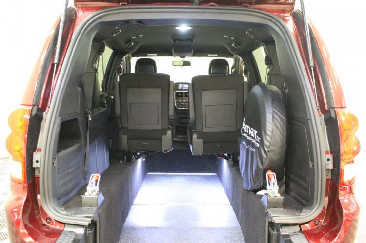 2018 Dodge Grand Caravan SE Plus Wheelchair Van For Sale #4
