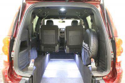 2018 Dodge Grand Caravan Wheelchair Van For Sale -- Thumb #4