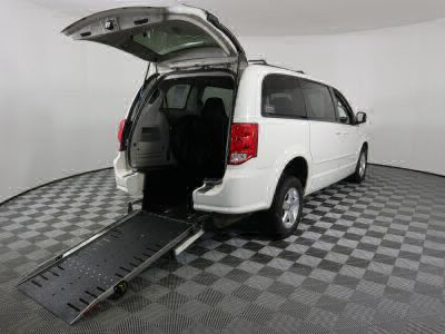 Commercial Wheelchair Vans for Sale - 2012 Dodge Grand Caravan SXT ADA Compliant Vehicle VIN: 2C4RDGCG1CR224000