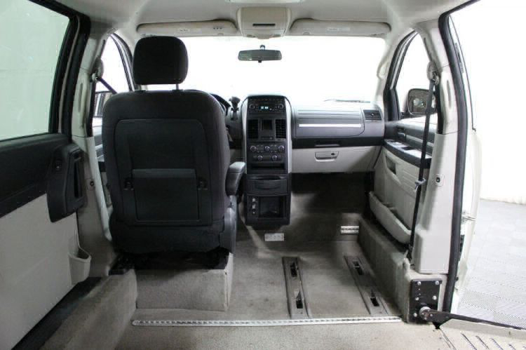 2008 Dodge Grand Caravan SXT Wheelchair Van For Sale #7