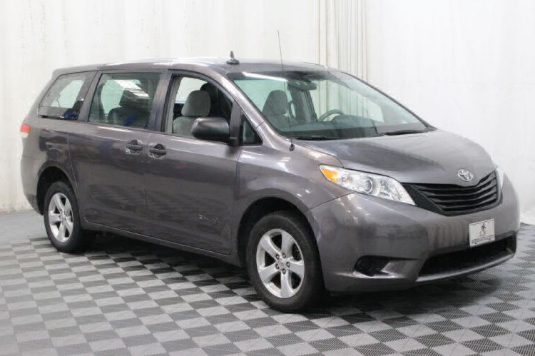 2014 Toyota Sienna L Wheelchair Van For Sale #8
