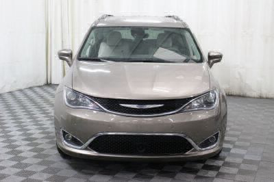 2017 Chrysler Pacifica Wheelchair Van For Sale -- Thumb #24