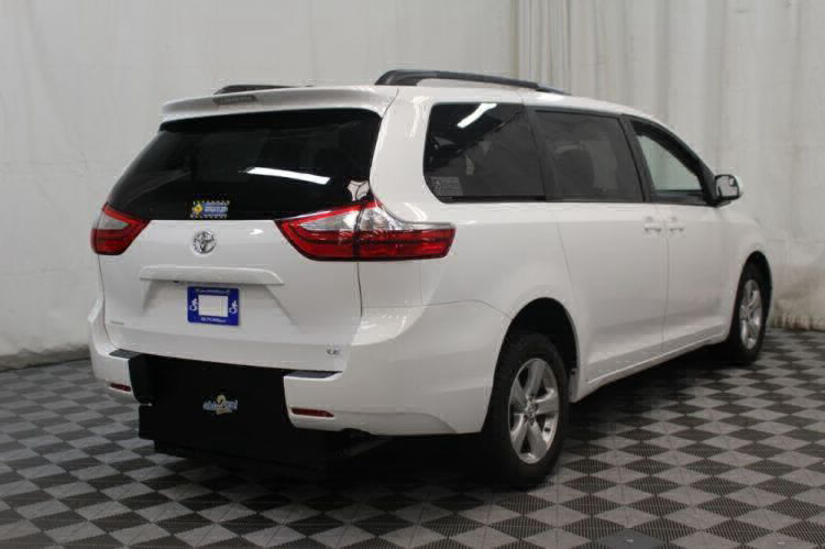2015 Toyota Sienna LE Wheelchair Van For Sale #29