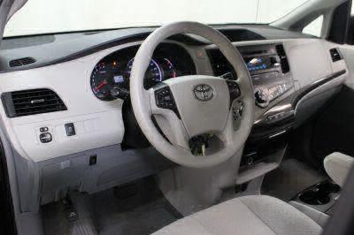 2014 Toyota Sienna Wheelchair Van For Sale -- Thumb #20