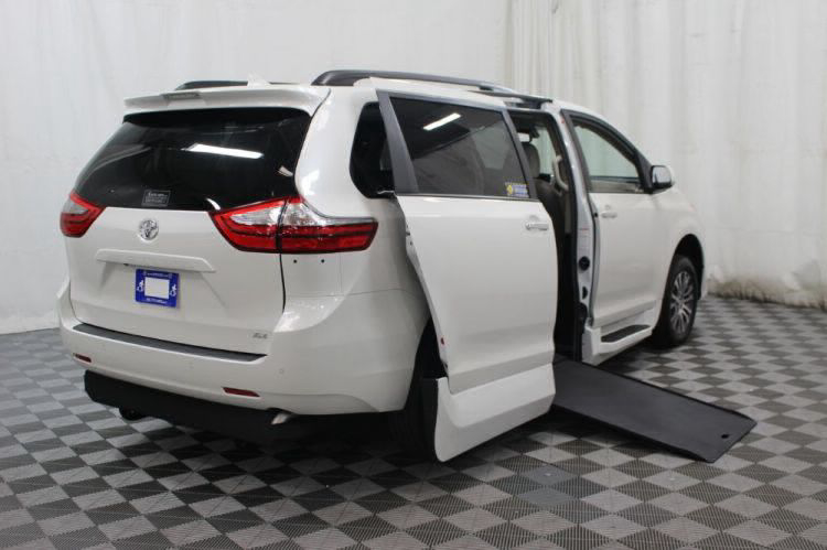 2019 Toyota Sienna XLE Wheelchair Van For Sale #2