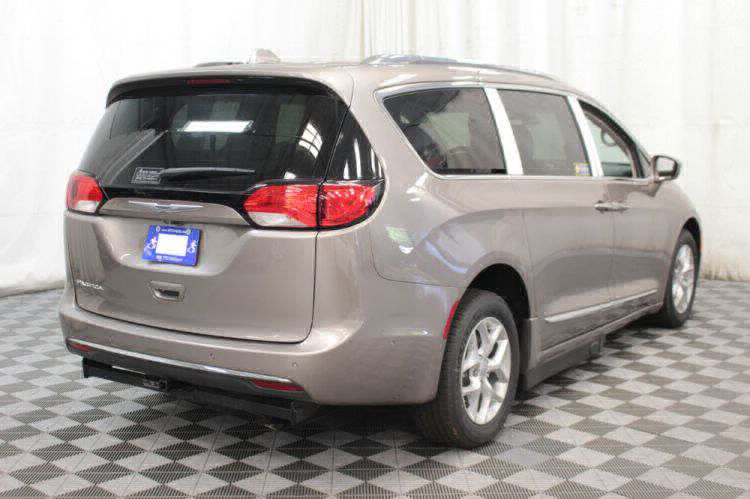 2017 Chrysler Pacifica Touring-L Plus Wheelchair Van For Sale #7
