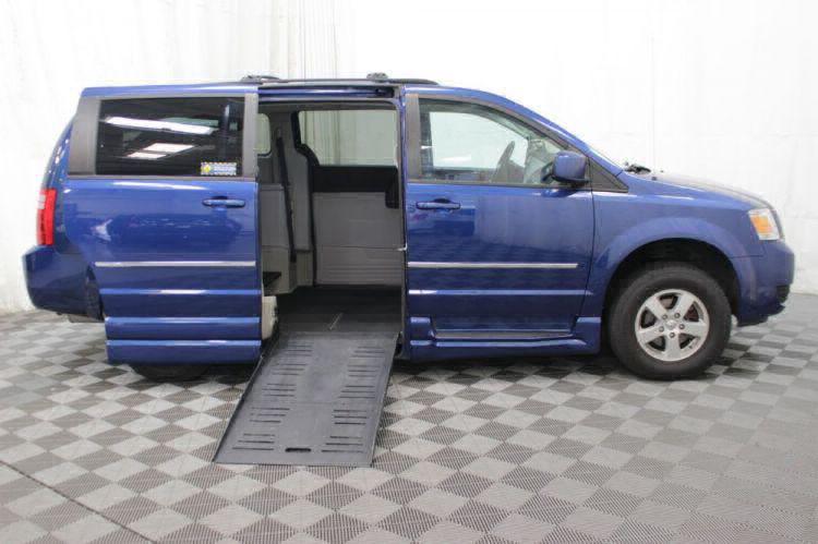 2010 Dodge Grand Caravan SXT Wheelchair Van For Sale #31