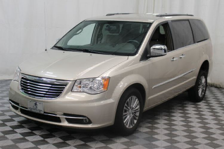2014 Chrysler Town and Country Touring-L Wheelchair Van For Sale #33