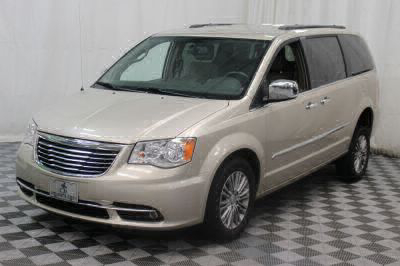 2014 Chrysler Town and Country Wheelchair Van For Sale -- Thumb #33