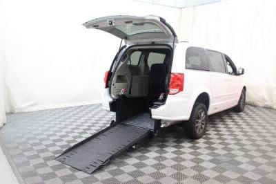 Commercial Wheelchair Vans for Sale - 2017 Dodge Grand Caravan SXT ADA Compliant Vehicle VIN: 2C4RDGCG8HR799802