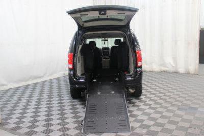2016 Dodge Grand Caravan Wheelchair Van For Sale -- Thumb #13