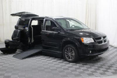 2017 Dodge Grand Caravan Wheelchair Van For Sale -- Thumb #13