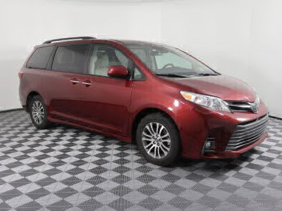 Handicap Van for Sale - 2019 Toyota Sienna XLE Wheelchair Accessible Van VIN: 5TDYZ3DC3KS001237