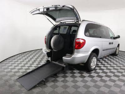 Commercial Wheelchair Vans for Sale - 2005 Dodge Grand Caravan SE ADA Compliant Vehicle VIN: 1D4GP24R35B213134