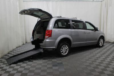 Commercial Wheelchair Vans for Sale - 2018 Dodge Grand Caravan SXT ADA Compliant Vehicle VIN: 2C4RDGCG5JR239466