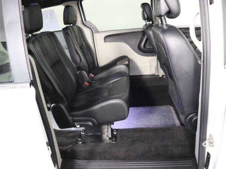 2018 Dodge Grand Caravan SXT Wheelchair Van For Sale #7