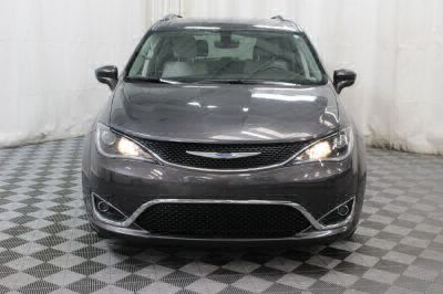 2018 Chrysler Pacifica Wheelchair Van For Sale -- Thumb #15