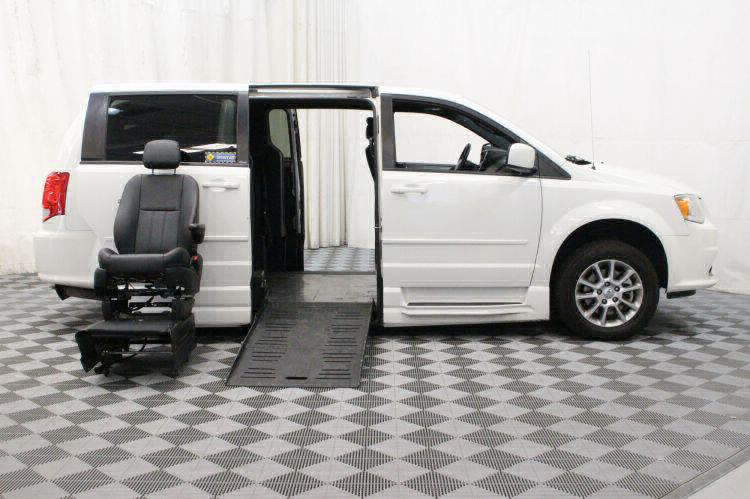 2012 Dodge Grand Caravan R/T Wheelchair Van For Sale #7