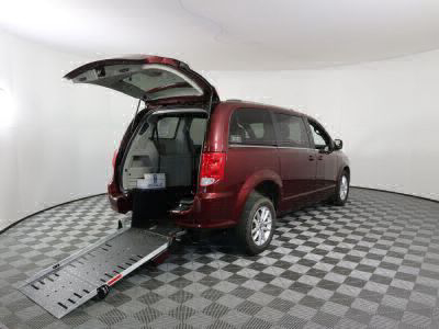 Commercial Wheelchair Vans for Sale - 2019 Dodge Grand Caravan SXT ADA Compliant Vehicle VIN: 2C4RDGCG9KR622537