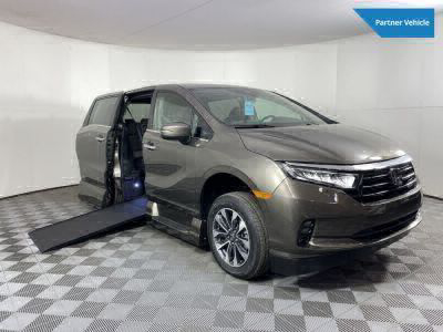 New Wheelchair Van for Sale - 2022 Honda Odyssey EX-L Wheelchair Accessible Van VIN: 5FNRL6H76NB010270