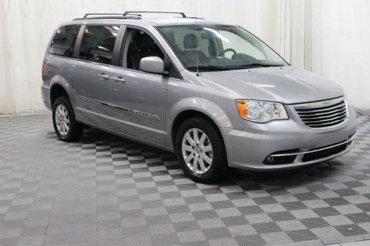 2016 Chrysler Town and Country Touring Wheelchair Van For Sale #8