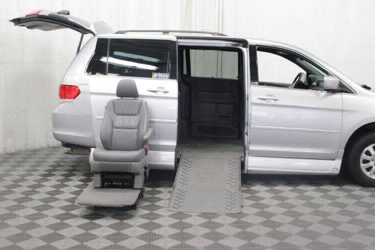 2010 Honda Odyssey EX-L w/DVD Wheelchair Van For Sale #7