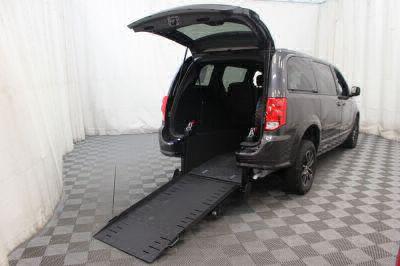 Commercial Wheelchair Vans for Sale - 2017 Dodge Grand Caravan GT ADA Compliant Vehicle VIN: 2C4RDGEG7HR740317