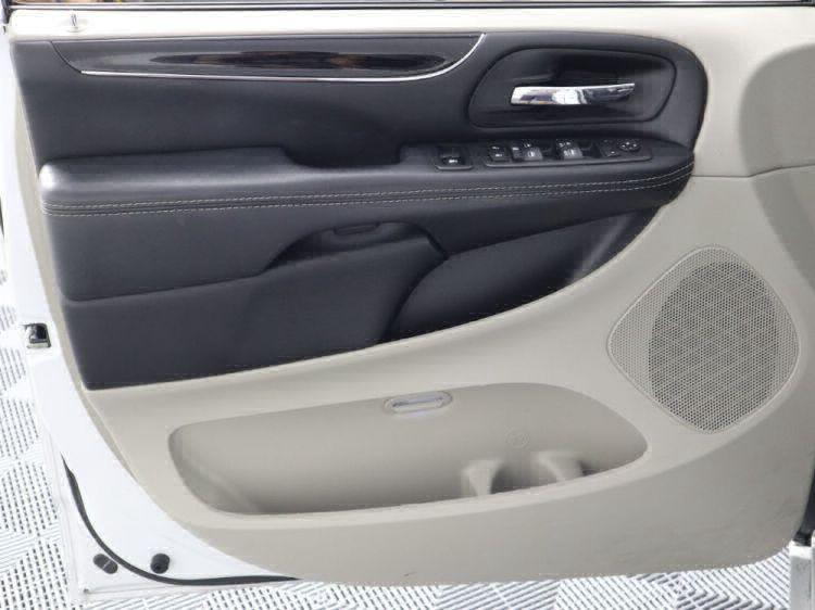 2018 Dodge Grand Caravan SXT Wheelchair Van For Sale #10
