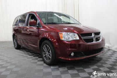 Commercial Wheelchair Vans for Sale - 2017 Dodge Grand Caravan SXT ADA Compliant Vehicle VIN: 2C4RDGCG2HR762342