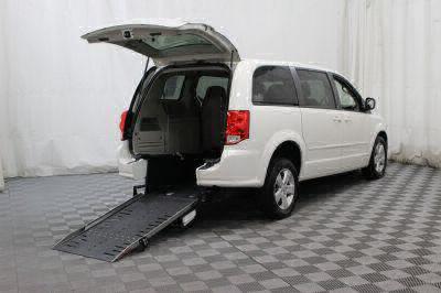Commercial Wheelchair Vans for Sale - 2013 Dodge Grand Caravan SE ADA Compliant Vehicle VIN: 2C4RDGBGXDR651338