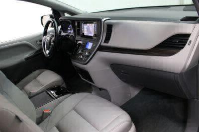 2016 Toyota Sienna Wheelchair Van For Sale -- Thumb #12