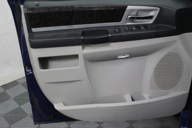 2010 Dodge Grand Caravan SXT Wheelchair Van For Sale #20