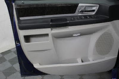 2010 Dodge Grand Caravan Wheelchair Van For Sale -- Thumb #20