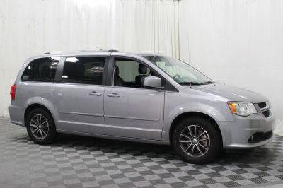 Commercial Wheelchair Vans for Sale - 2017 Dodge Grand Caravan SXT ADA Compliant Vehicle VIN: 2C4RDGCG3HR580911