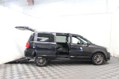 Commercial Wheelchair Vans for Sale - 2017 Dodge Grand Caravan SXT ADA Compliant Vehicle VIN: 2C4RDGCG6HR807184